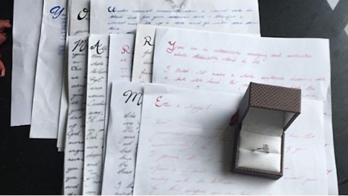 La propuesta de matrimonio ma s larga  tardo  tres an os en hacerlo