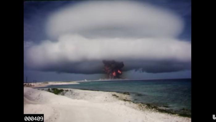 Explosi n bomba nuclear