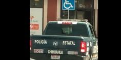 Relacionada policia estatal estacionamiento azul