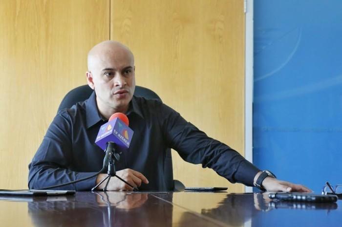 Yo soy el auditor legítimo, dice El Oso Valenzuela y cierra accesos