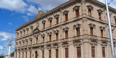 Relacionada palacio de gobierno viejita