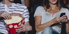 Relacionada texting cine