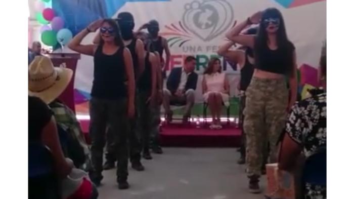'Parecen sicarios', dice la primera dama de Zacatecas a alumnos