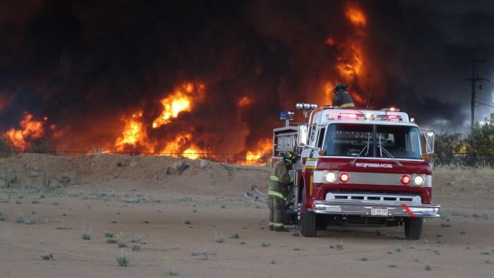 Arde plástico en Maxion Wheel en Chihuahua — EN VIVO