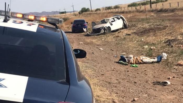 Muere pasajero tras volcar en la rúa Chihuahua-Juárez