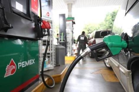 Gasolina Magna bajará dos centavos; Premium y diésel, tres