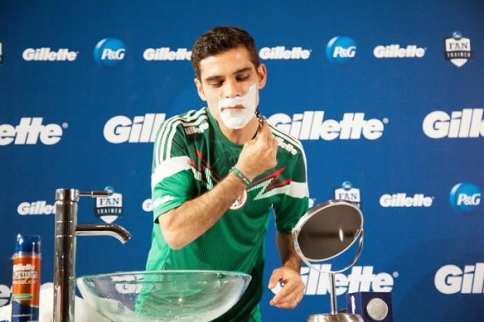 Nike planea retirar patrocinio a Rafa Márquez tras acusaciones