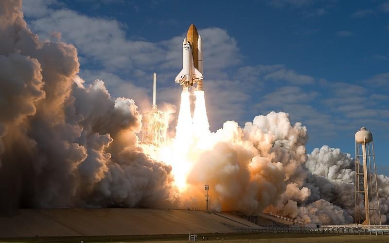 SpaceX lanza nave de carga hacia estación espacial — AMPLIACION