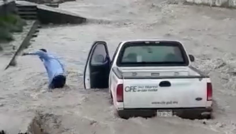 Arrastra corriente de agua unidad de la CFE