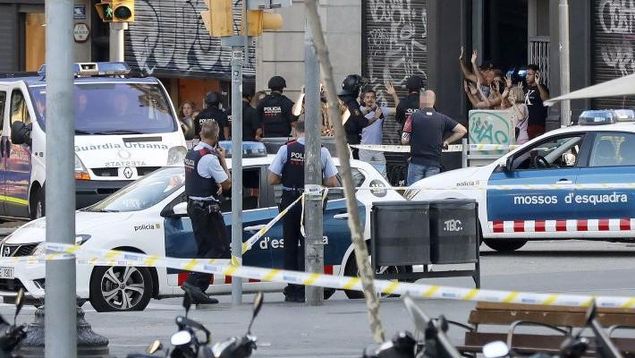Abatieron a cuatro terroristas tras segundo ataque — Atentado en Barcelona