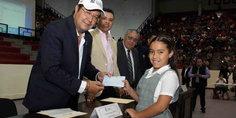 Relacionada inicio  entrega de becas del municipio a nin os de primaria y secundaria