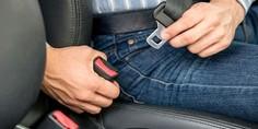 Relacionada cinturon de seguridad