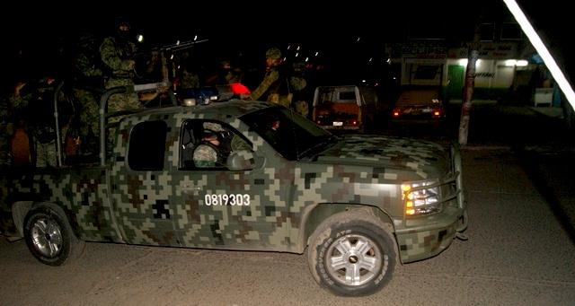 Cinco muertos, un herido, en lucha de militares con criminales en Jiménez