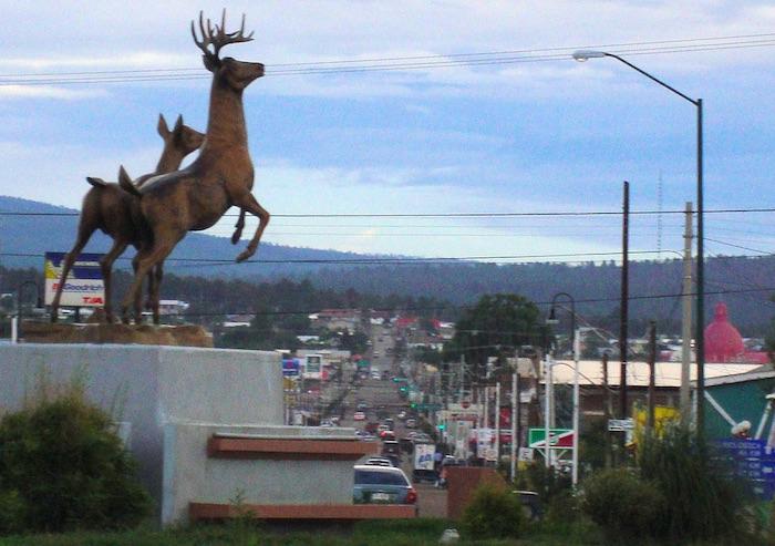 Detención de expolicías, causa del enfrentamiento en Madera