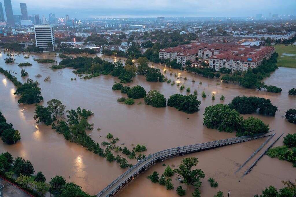 Harvey Deja Al Menos 5 Muertos 14 Heridos E Inundaciones