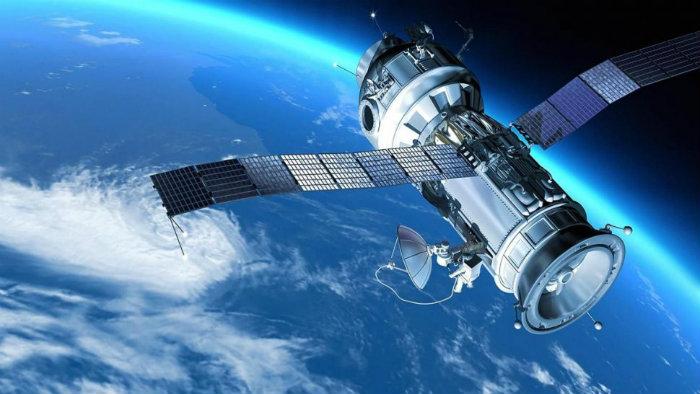 Detectan astrónomos señales extrañas en el espacio