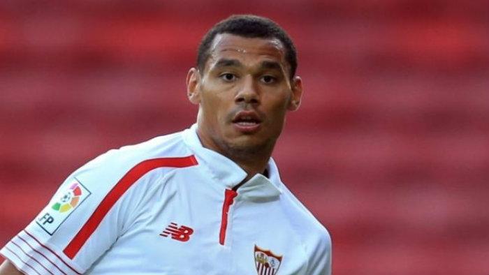 Eduardo Vargas suma nuevo compañero europeo en Tigres