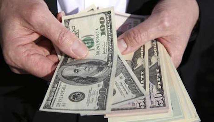 Precio del dólar sube a 18.20 por negociaciones del TLCAN