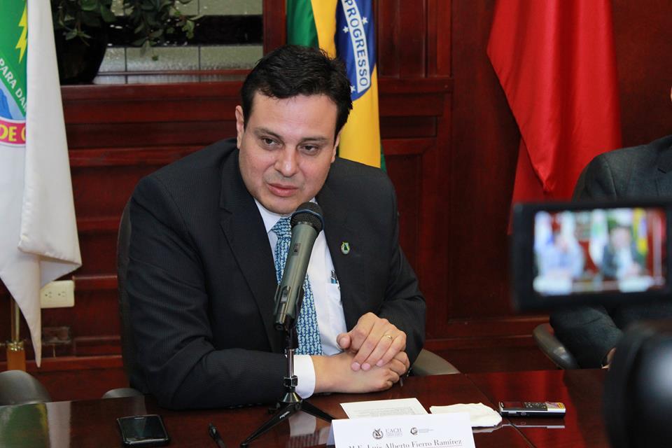 Hay 10 órdenes de aprehensión en contra de César Duarte: Javier Corral