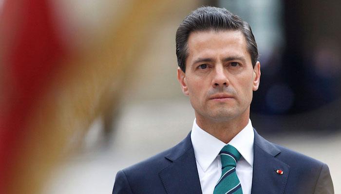 Peña Nieto preside el desfile patrio en el Zócalo