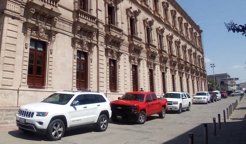 Palacio de gobierno guaruras