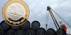 Relacionada precio del petroleo peso mexicano