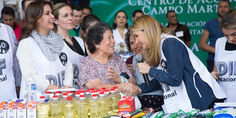 Relacionada post angelica rivera de pena donaciones sismo