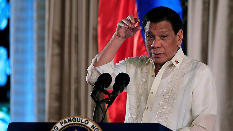 Si mi hijo está involucrado en el narco, mátenlo: Duterte