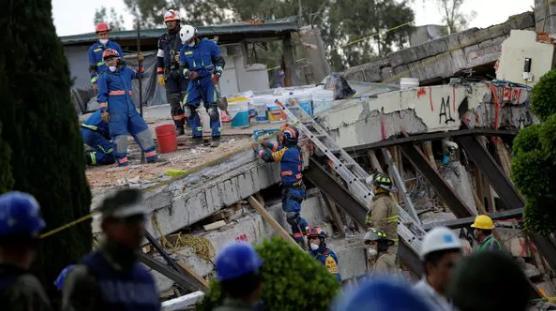 Joven logró ser rescatada gracias a mensaje de WhatsApp — Terremoto en México