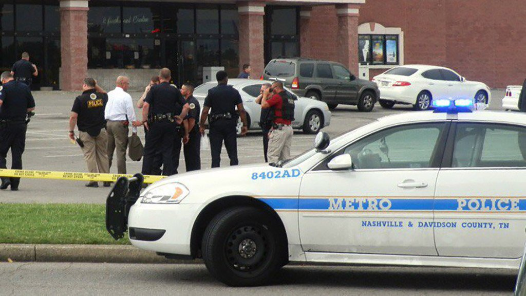 Un muerto y siete heridos dejó tiroteo en iglesia de EE.UU