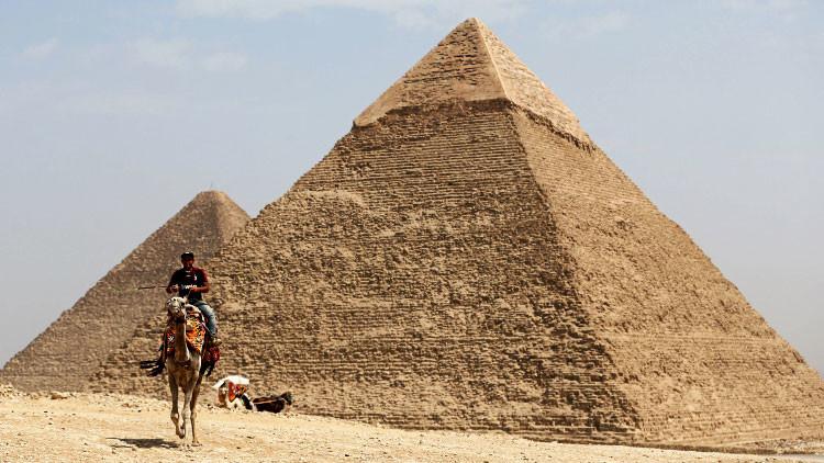 C mo llevaron las piedras para la pir mide resuelven for Arquitecturas famosas