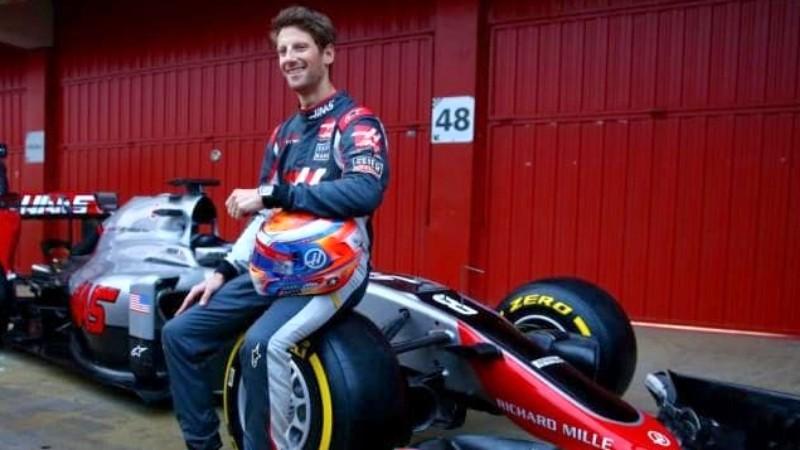 Grosjean sufre fuerte accidente producto de una rejilla suelta en la pista