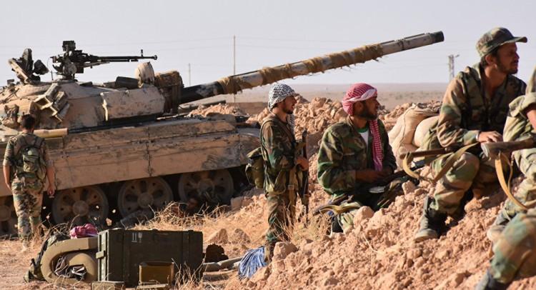 Fuerzas aliadas arrebatan a ISIS el mayor yacimiento petrolero en Siria