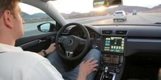 Relacionada edmunds rides self driving car cockpit view 100049055 orig