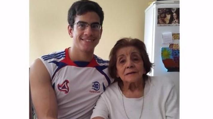 Se caso con su tia abuela en argentina