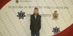 Relacionada agentes municipales detienen a sujeto por el delito de violencia familiar y amenazas en perjuicio de su madre biolo gica
