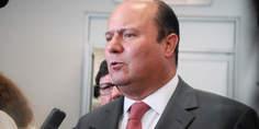 Relacionada gobernador cesar duarte sin barba
