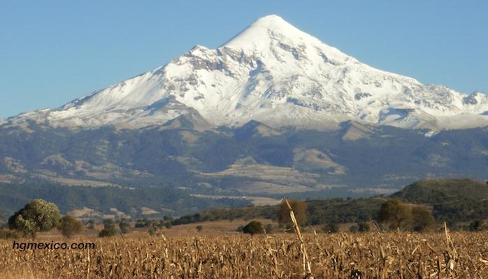 Rescatan a cuatro excursionistas de EU que escalaban el Pico de Orizaba
