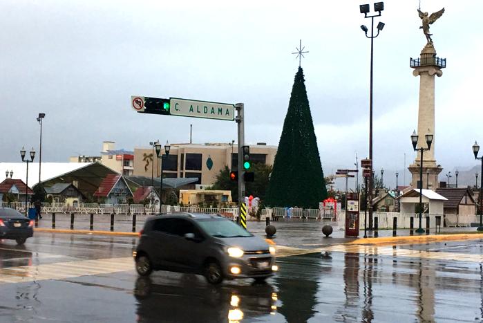 Cae ligera nieve en la ciudad; máxima de 2ºC, extreme precauciones
