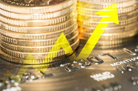 Dólar continúa con alzas, se ofrece hasta en 19.51 pesos