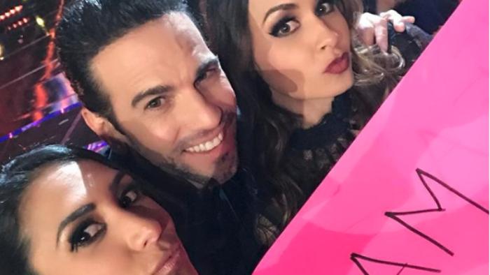 Carlos Loret de Mola imita el look de Maluma y luce irreconocible