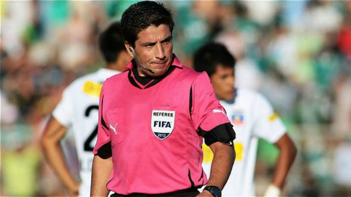 Arbitro chileno eduardo gamboa