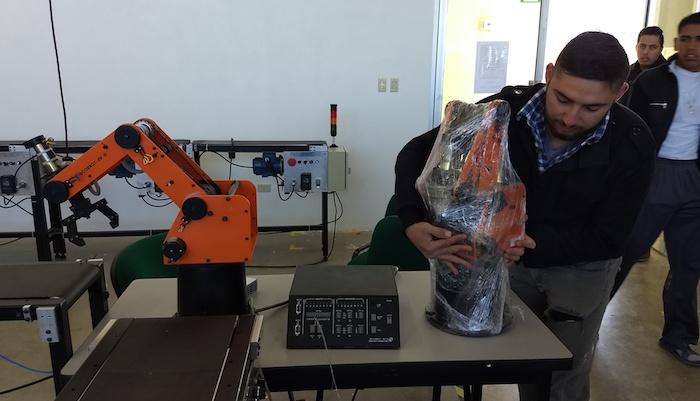 Utpn brazo robotico