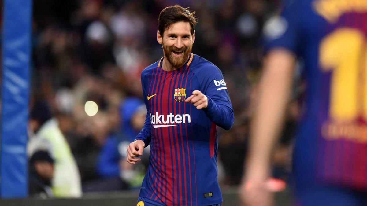 Dos goles y una asistencia de Messi