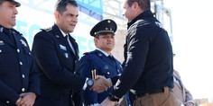 Relacionada entrega uniformes