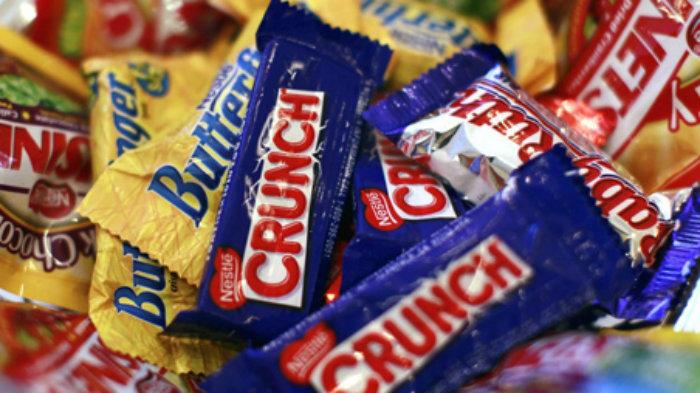 Nestlé le vende negocio de golosinas a Ferrero