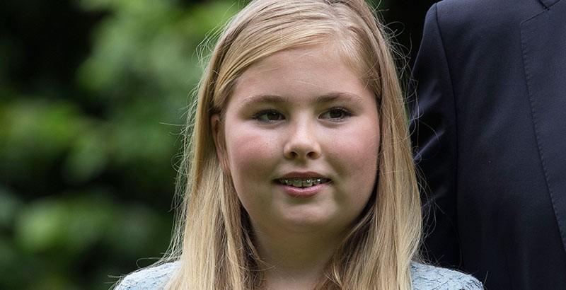 Amalia holanda 800.jpg.imgw.1280.1280