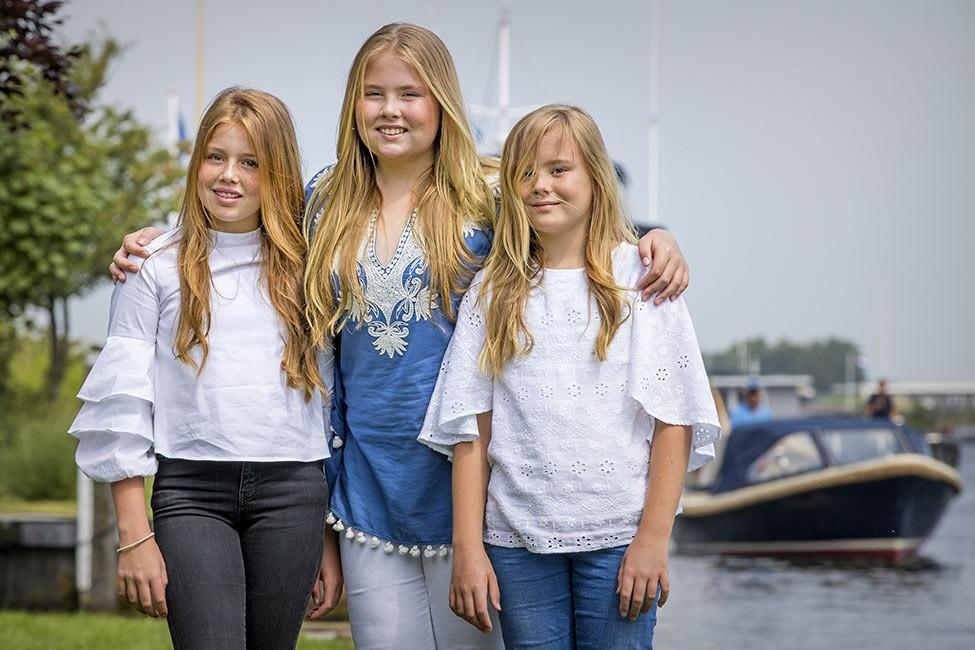 Amalia hermanas 650.jpg.imgw.1280.1280