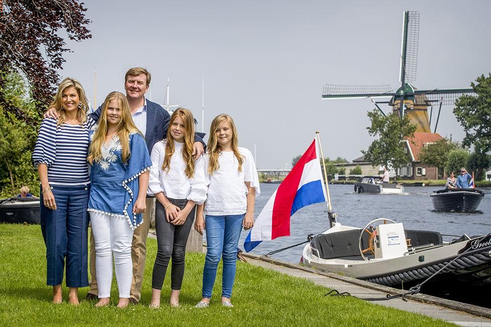 Familia real holanda 650.jpg.imgw.1280.1280