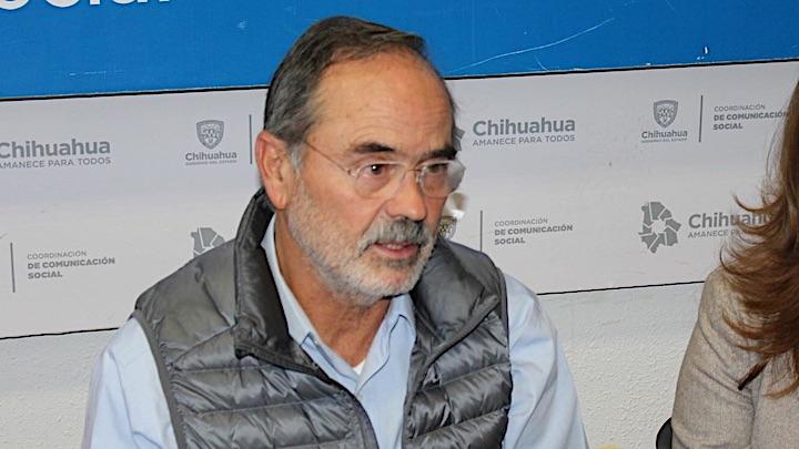 Gustavomaderochalecogris